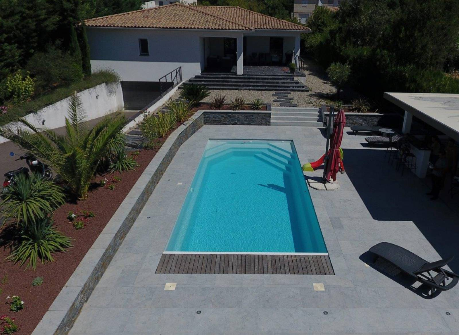 alliance piscine prix gallery of prix piscine desjoyaux x avec petite collection des photos. Black Bedroom Furniture Sets. Home Design Ideas