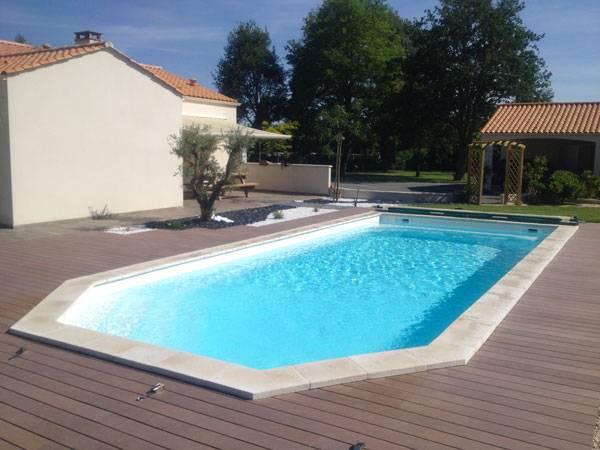 La tanzanite 10 piscine coque polyester fond plat d for Piscine coque alliance